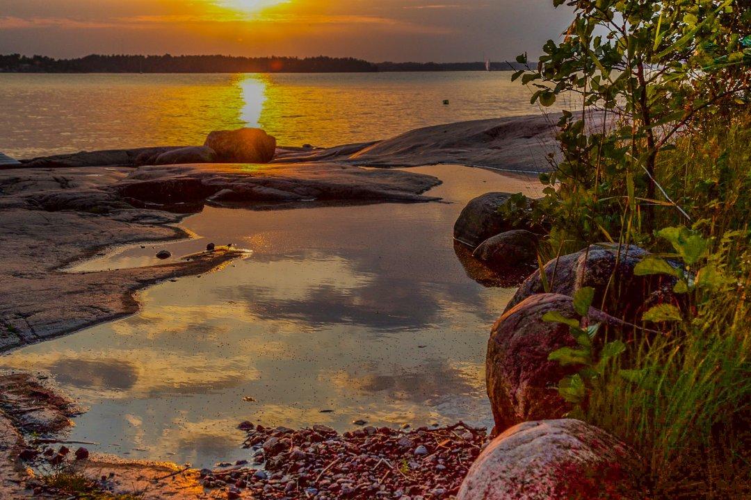 03-Kari_Huhtilainen-Ilta-aurinko_Larussa