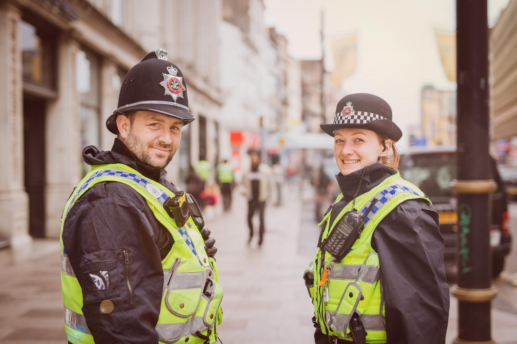 Friendly_police